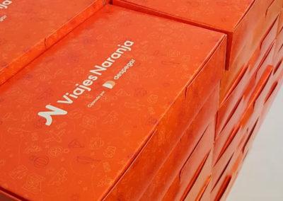 Cajas-Naranja-Viajes